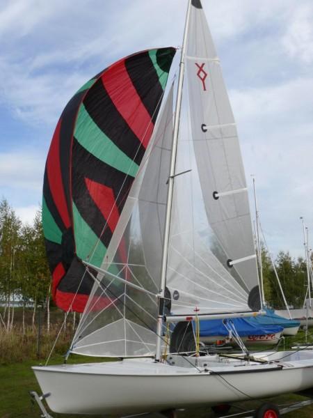 Ixylon REGATTA, Neuboot, inklusive Spinnaker, Regatta-Genua und Regatta-Großsegel